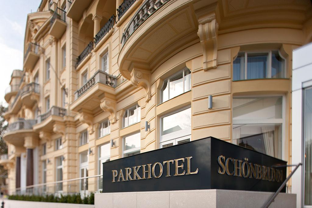 parkhotel-schoenbrunn-aussen